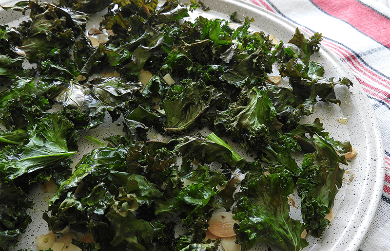 Almond & Garlic Baked Kale