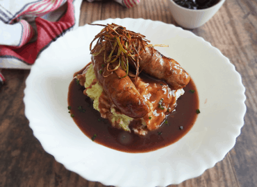 Redcurrent Jus Bangers and Mash Recipe