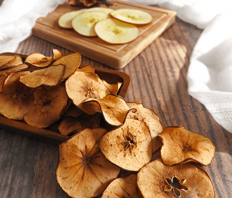 Apple Cinnamon Crisps