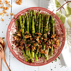 Grilled Asparagus with Balsamic Red Onion