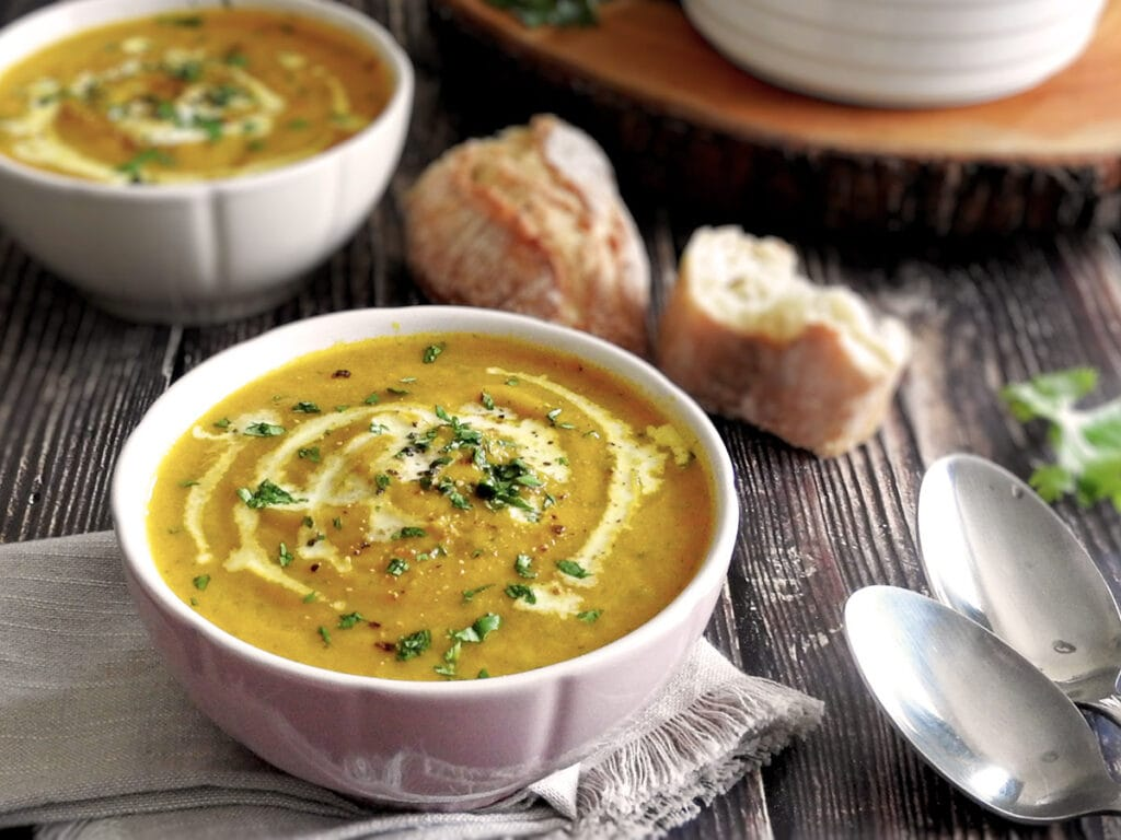 Carrot and Coriander Soup with bread