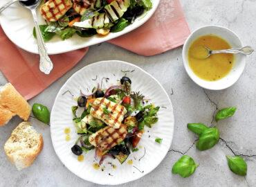 Halloumi Salad with dressing