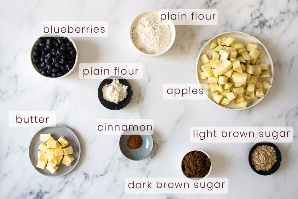 Apple and blueberry crumble recipe ingredients